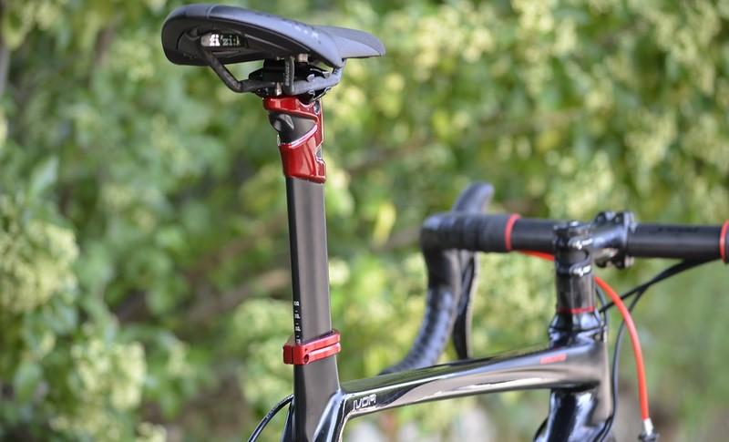 Régler la sortie de selle sur un vélo de route