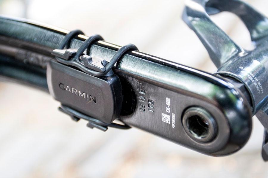 Capteur de cadence pour mesurer la vélocité